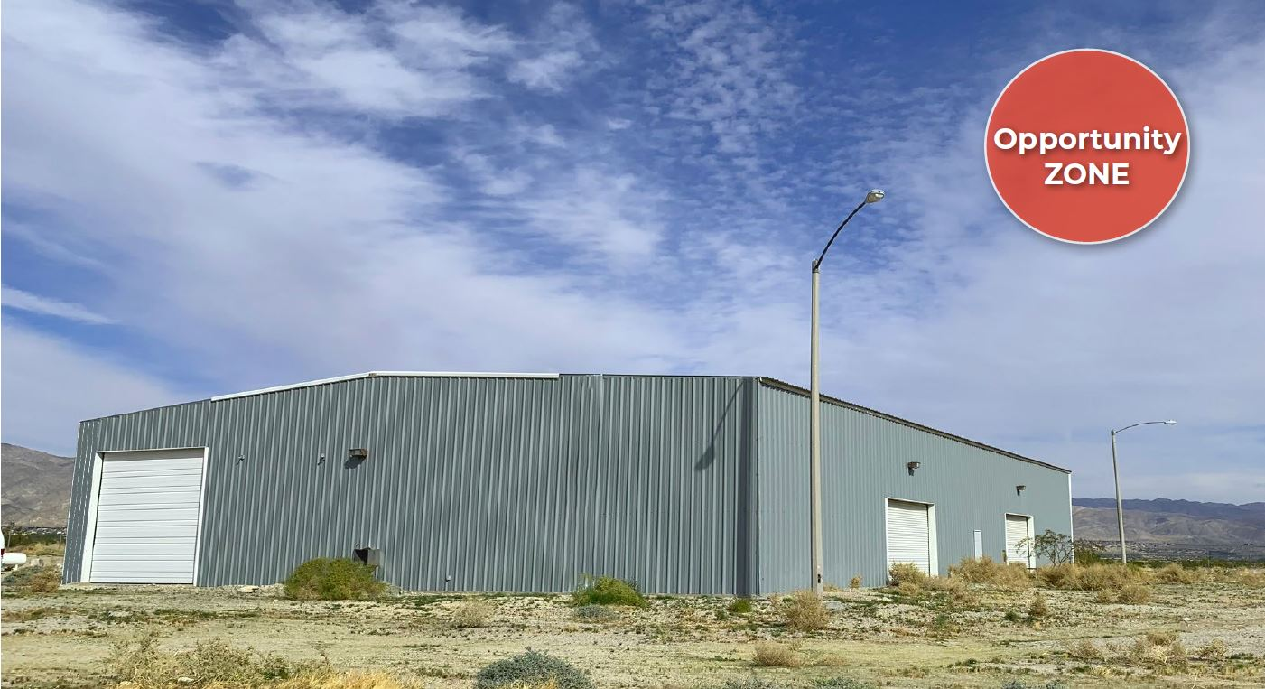 another angle of photo of 10000 squarefoot warehouse for lease on 15110 north indian canyon drive coachella california